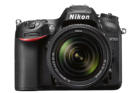 Nikon D7200 DSLR with 18-140mm Lens